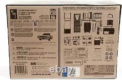 AMT 1/25 Olds Mobile Cutlass 1964 F-85 Convertible Plastic Model AMT1200