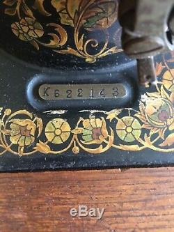 1903 Chanteur Machine À Coudre Old Vintage Antique Treadle 6 Chêne Cabinet Tiroirs