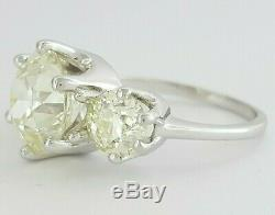 Anciennes 4,1 Ct 14k Or Blanc Old Cut Européenne Trois-stone Diamond Ring
