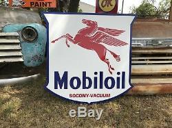 Antique Vintage Old Style Mobil Oil Service Station Pegasus Sign Mobiloil 40