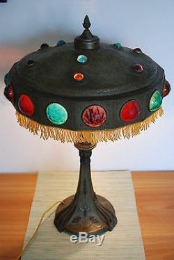 Art Nouveau Déco Antique Arts Anciens Jeweled Verre Et Artisanat Vintage Lampe De Table