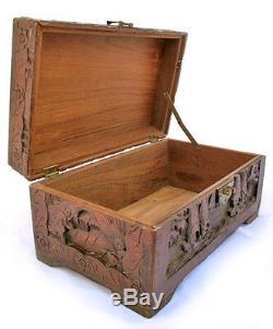 Bois Vintage Bois Vieux Box Trésor Bijoux Carved Bateaux Scooner Voile Sea Bateau