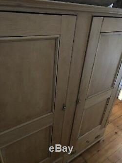 Cabinet Antique Vintage Old English Pine Armoires Domaine Meubles Rare