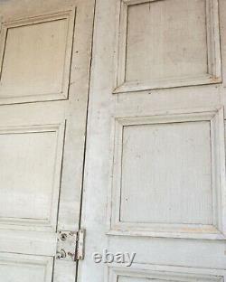 Grandes Portes De Château Français De Vieille Peinture De Cru