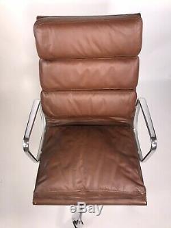 Herman Miller Eames Groupe De La Direction En Cuir Aluminum Vintage Stock Newithold