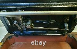 Machine À Coudre Ancienne Vieille Vieille Main Cran Singer Modèle 28k (y8447003)