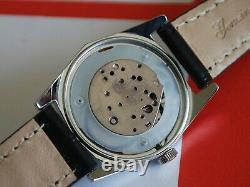 New Old Stock Vintage 1970 Timex Manuel Wind Montre Homme