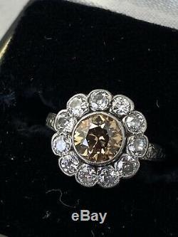 Platine Antique Brun Fantaisie Edwardian Et Incolore Vieille Bague En Diamant Européenne