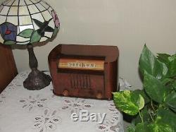 Vintage Tube Ancien Antique Bois Radio Bendix MDL 0526e 1946 La Radio Belle ICI