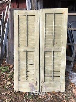 Vtg Paire 1800 Vieille Fenêtre En Bois Volets Architectural Salvage 55dans X 17.5in
